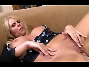 Fisher gets her pussy filled and licked