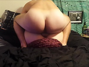 Creampie In My Step Sister With My Big Dick While My Step Mom Is Sleeping!