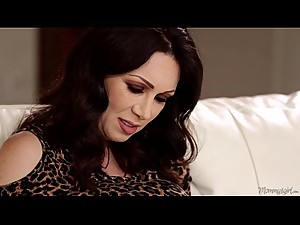 RayVeness and Gracie Glam Hot Lesbian Porn